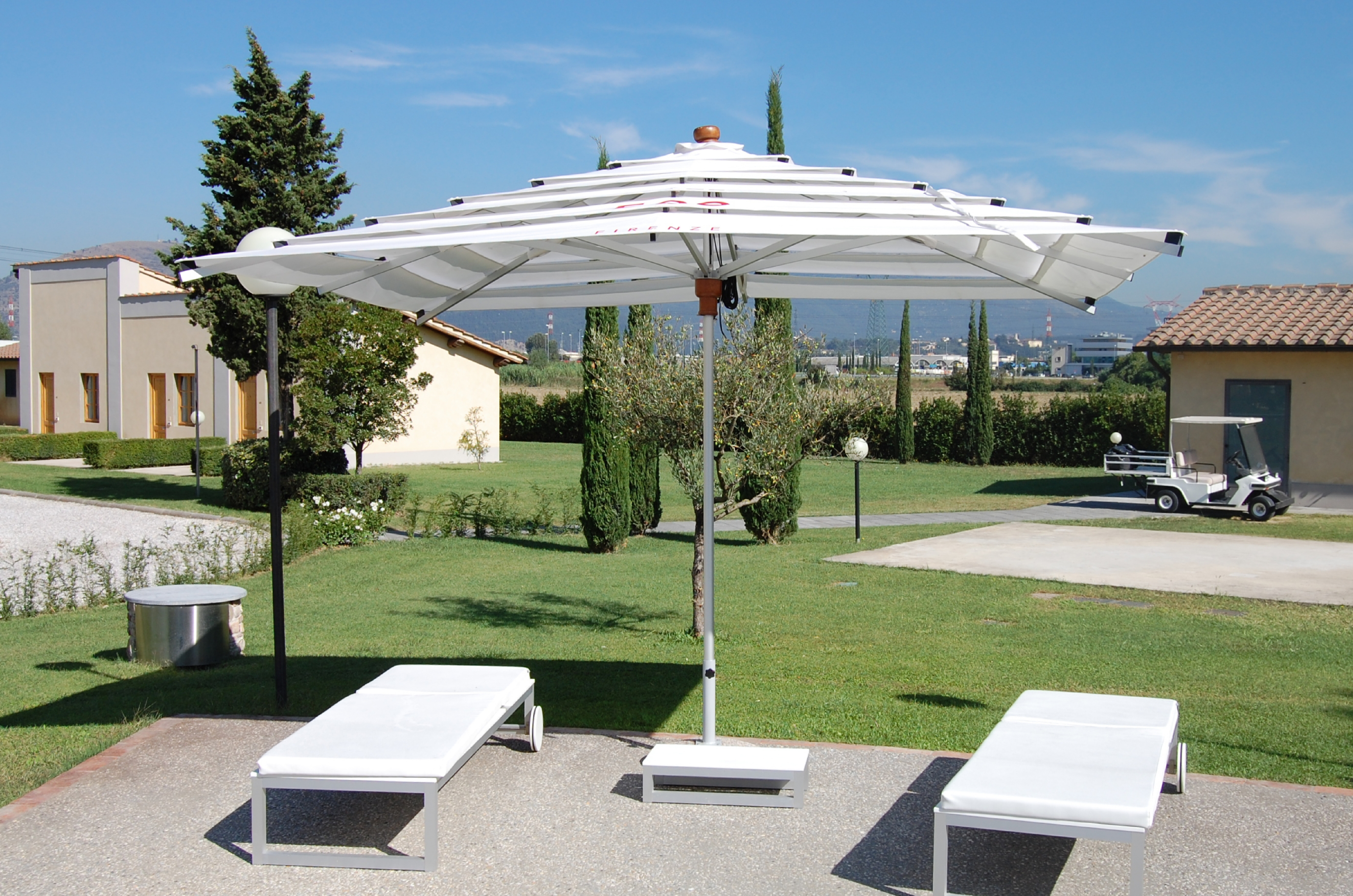 Fiesole_Patio_Umbrella_Traditional (18)