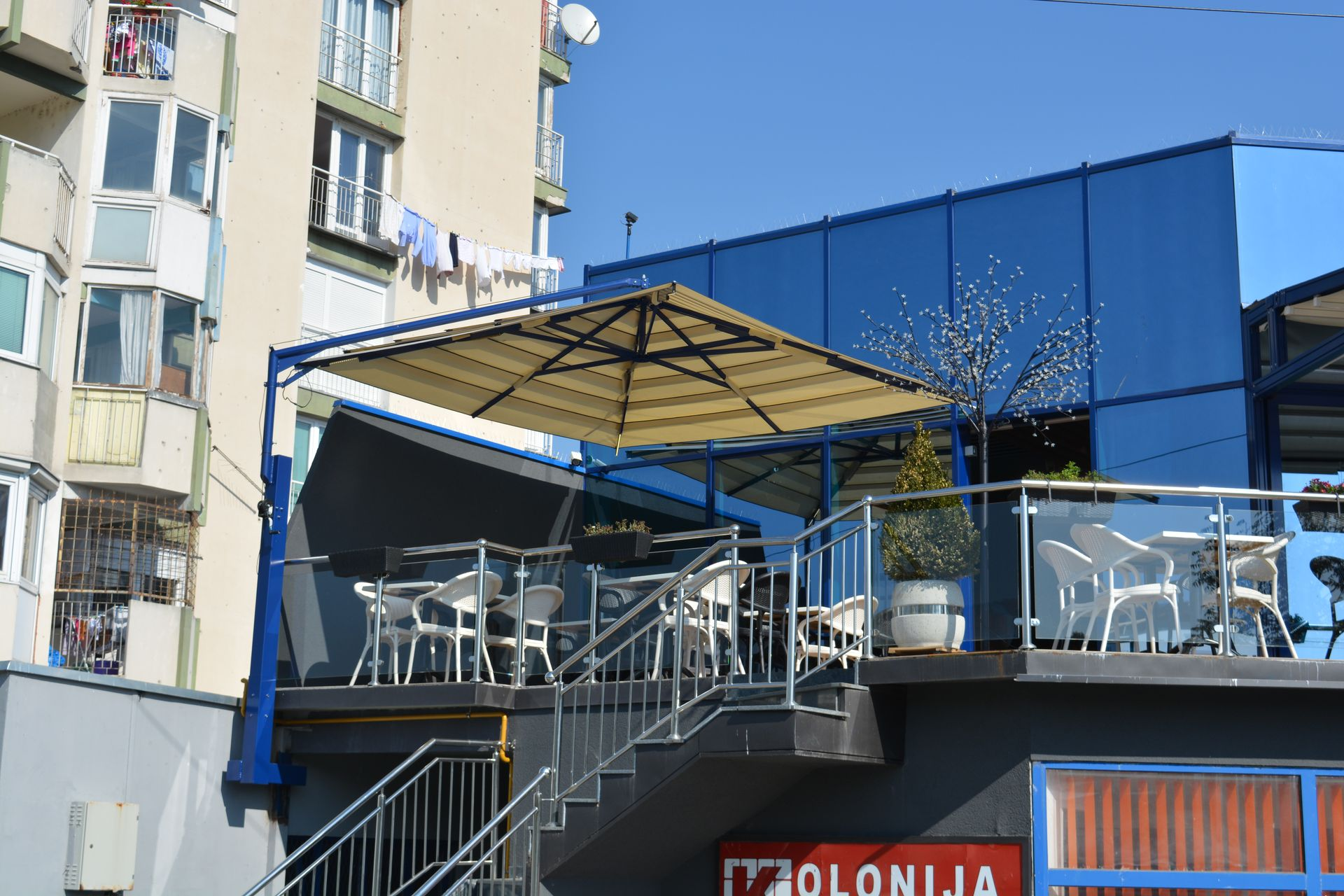 talento-steel-wall-mounted-umbrella-21
